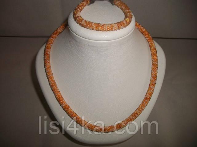 Вязаный комплект жгутов из микса бисера в янтарно-медовых тонах