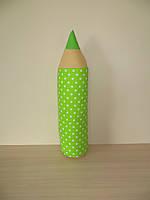 Карандаш-подушка горох на зеленом