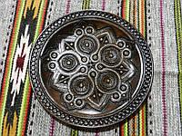 Тарілка дерев'яна ручної роботи різьблена та інхрустована міддю 28 см