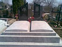 Надгробие из мраморной крошки, плита надгробная