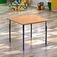 Стол квадратный детский, регулируемый по высоте