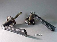 Дверні ручки на розетках модель 3D Handle