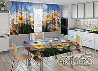 """Фото комплект для кухни """"Белые нарциссы"""" (шторы 1,5м*2,5м; скатерть 1,0м*1,2м)"""