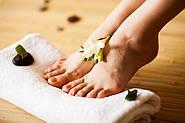 Догляд за ступнями ніг.