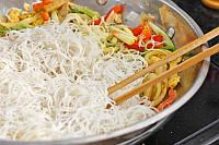 Рисовые макароны нитки 300 г