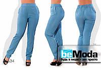 Стильные женский брюки из тонкого летнего джинса голубые