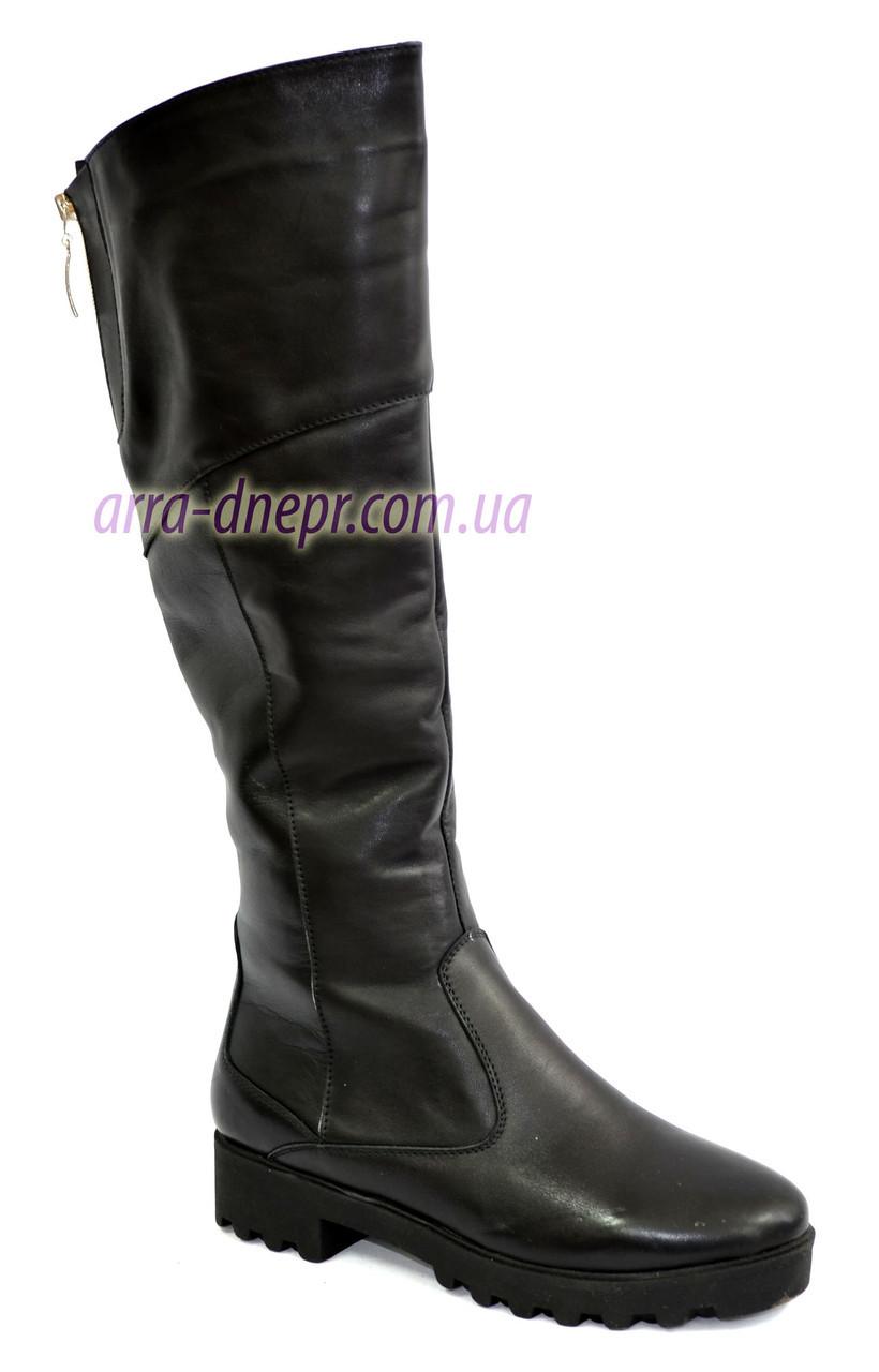 Ботфорты женские демисезонные кожаные на низком ходу
