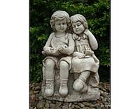 Садовая фигура из стекло-фиброцемента Читающие мальчик и девочка 37.5х28.5х53.5 см
