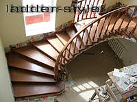 Лестницы бетонные монолитные с забежными ступенями