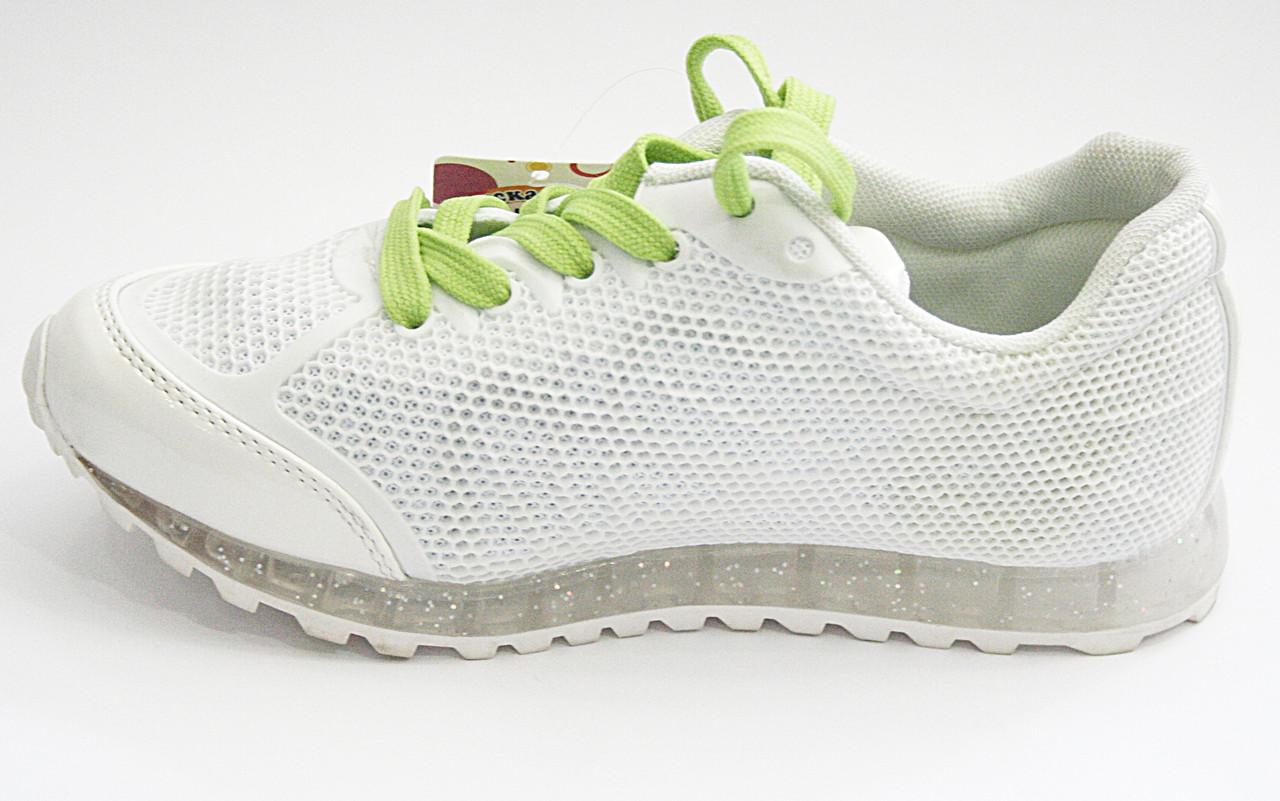 Кросівки дитячі білі