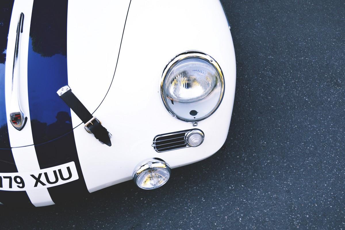 Фотообои: Винтажный спорткар