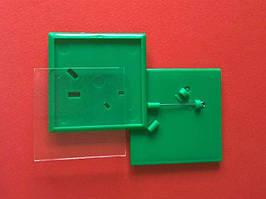 Квадратные акриловые значки заготовки. Цвет зеленый. Размер фото 44х44 мм