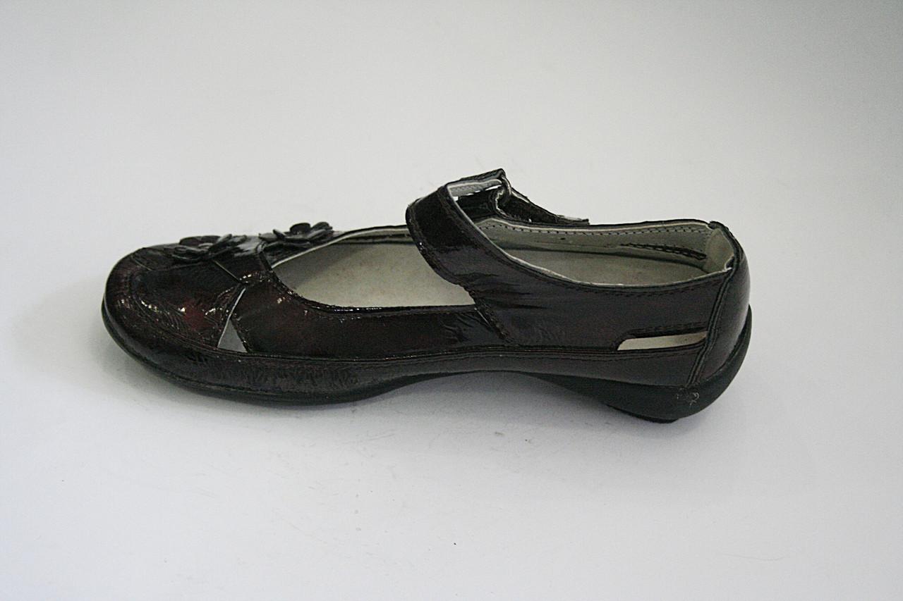 Туфли подростковые бордовые