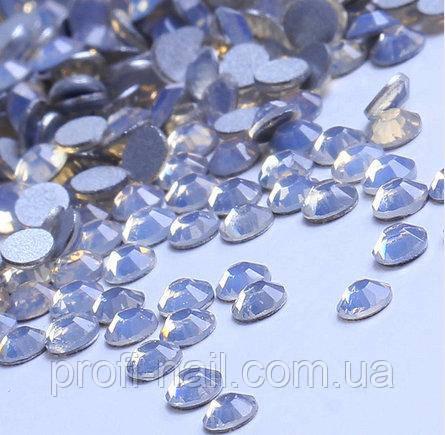 Стразы Opal White, SS3 (100 шт)