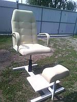 Кресло для педикюра в салон красоты