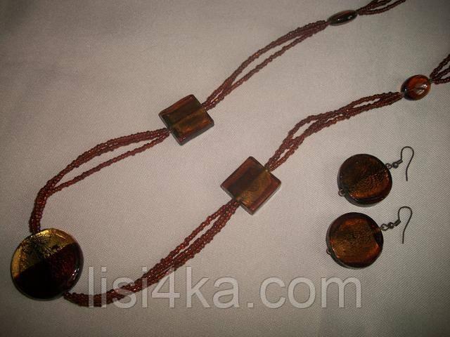 Комплект бижутерии из колье с кулоном и серег коричневый