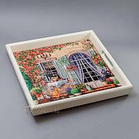 """Деревянный поднос с керамической плиткой """"окна, цветы, рыжий кот"""""""