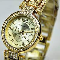 Модные женские часы МК5275