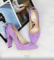 Женские туфли на плоском широком каблуке , светло сиреневого цвета 35 36 39 40