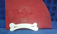 Пластиковая вешалка для одежды собак и кошек  (торговое оборудование Б/У)