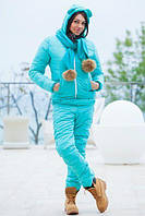 Теплый костюм в наборе с шарфиком с натуральными бумбонами