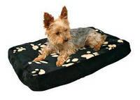 Trixie - Winny Лежак для собак, плюш, черный с лапами, 80х55см