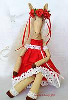 Текстильная авторская интерьерная кукла лошадка в красном платье