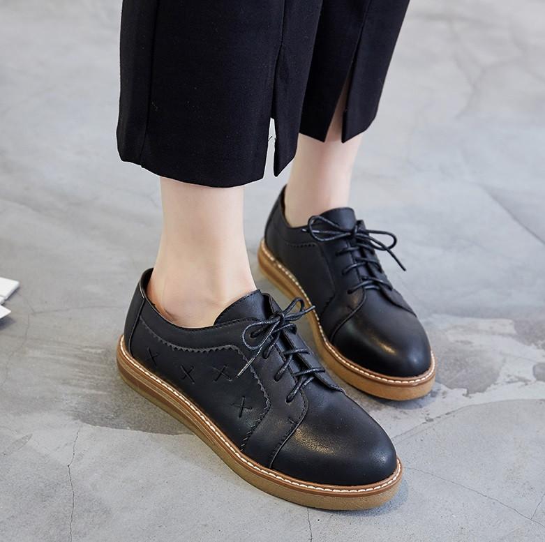 eb41f9e0a6f5 Молодежные кожаные туфли без каблука: продажа, цена в Чернигове. туфли  женские от ...