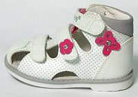 Детские польские высокие ортопедические босоножки р.20-25 белые на липучках для девочек с закрытым носком