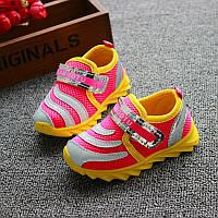Кроссовки на девочку. Китай