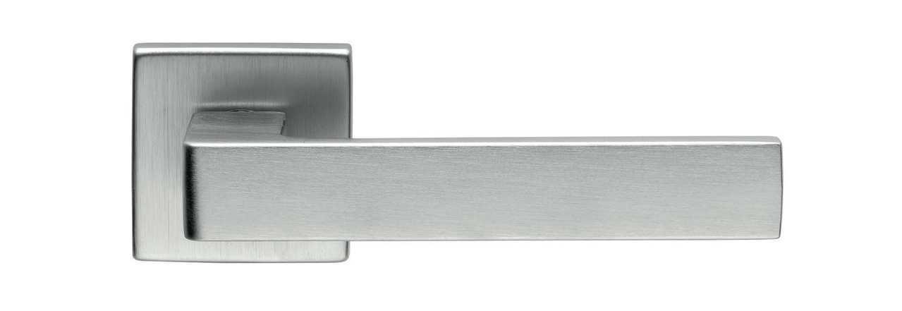 Ручка дверная dnd Martinelli   Quattro-Z 02 на квадратной розетке VIS, матовый хром