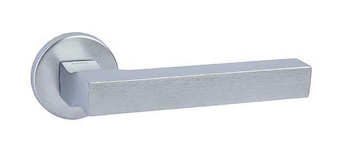 Ручка дверная dnd Martinelli   Stick на круглой розетке VIS, матовый хром