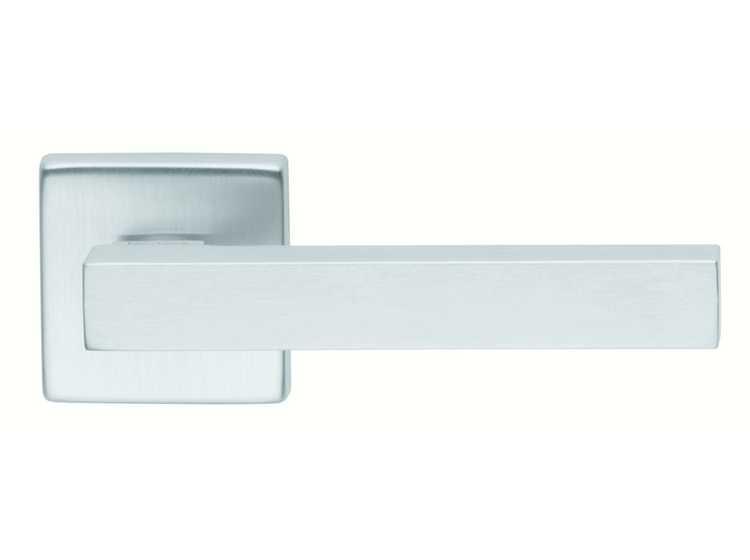 Ручка дверная dnd Martinelli   Stick 02 на квадратной розетке VIS, матовыйхром