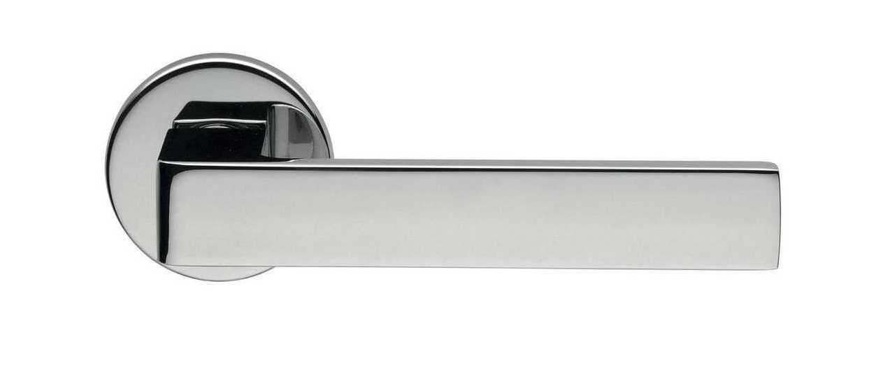 Ручка дверная dnd Martinelli   Quattro-Z на круглой розетке VIS, хром