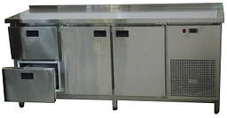 Преимущества холодильных столов для предприятий питания