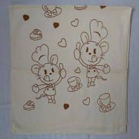 Качественное кухонное полотенце с интересным декором