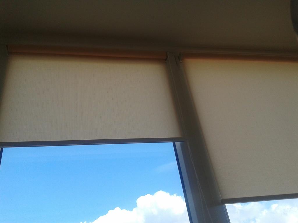 Рулонные шторы Len Вышневое. Тканевые ролеты Лен Вишневое
