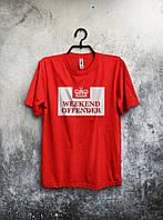Красная футболка Weekend Offender (большой принт)