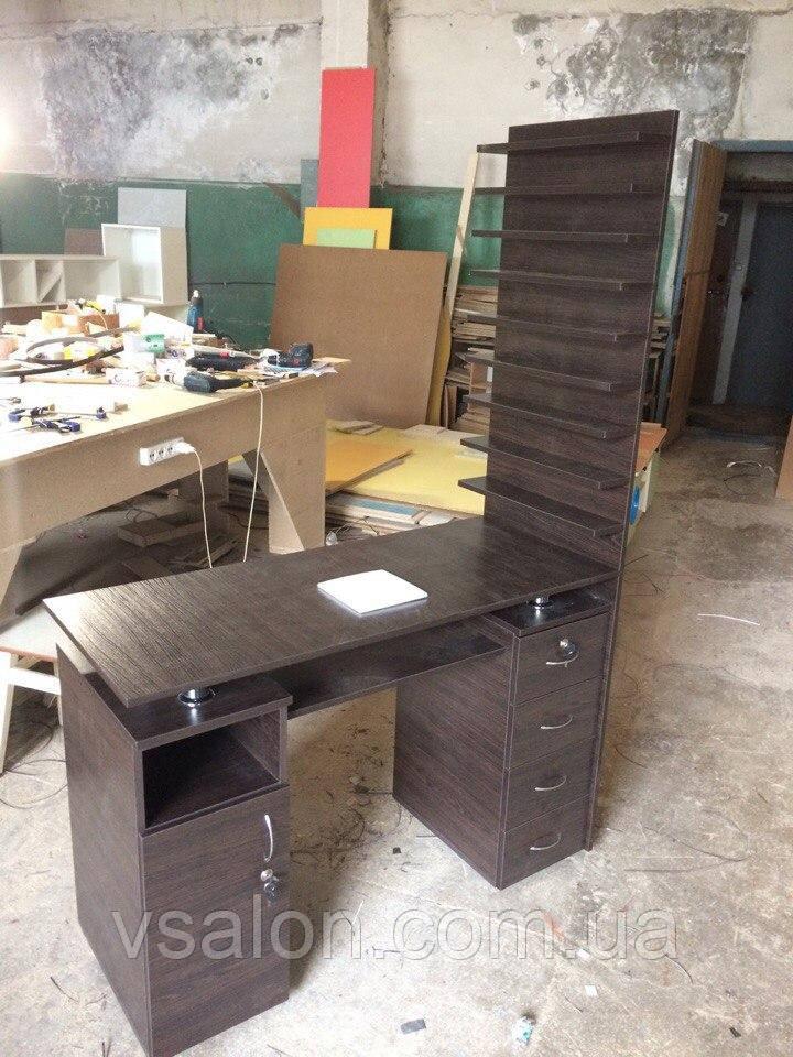 Маникюрный стол с двойной столешницей и большой полочкой для лаков V127/1