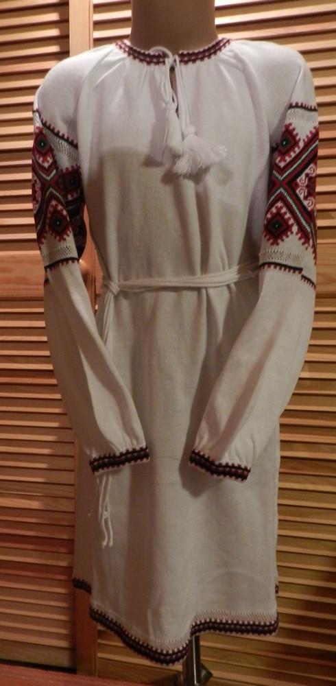 Сукня з українським орнаментом в язана для дівчинки - Скарбниця Карпат-  інтернет магазин виробів 1f78107b5c6da