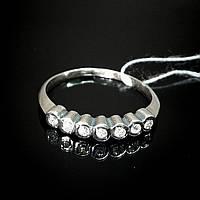 Серебряное кольцо со вставками из фианита, 7 камней