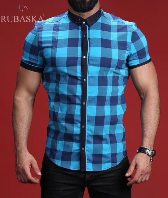 Стильная мужская рубашка на короткий рукав в клеточку