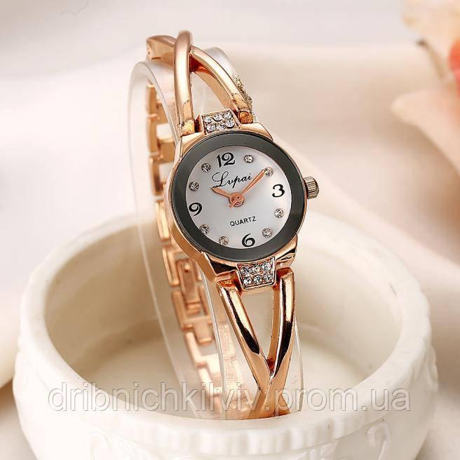 Женские модные часы Код 040