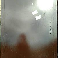 Двери входные б/у