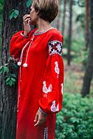 Вишите плаття червоне з білими півнями D14