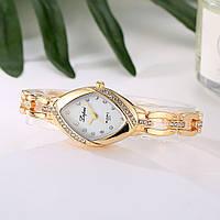 Красивые женские часы Золотистые Код 043