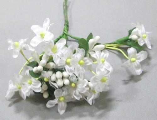 Незабудки с тычинками искусственные, белые