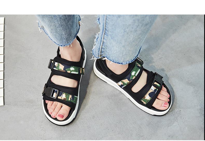 7c258fde7 Спортивные сандалии на платформе с вставками - Интернет-магазин