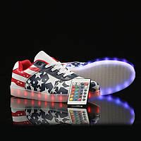 Светящиеся кросовки с пультом американский флаг