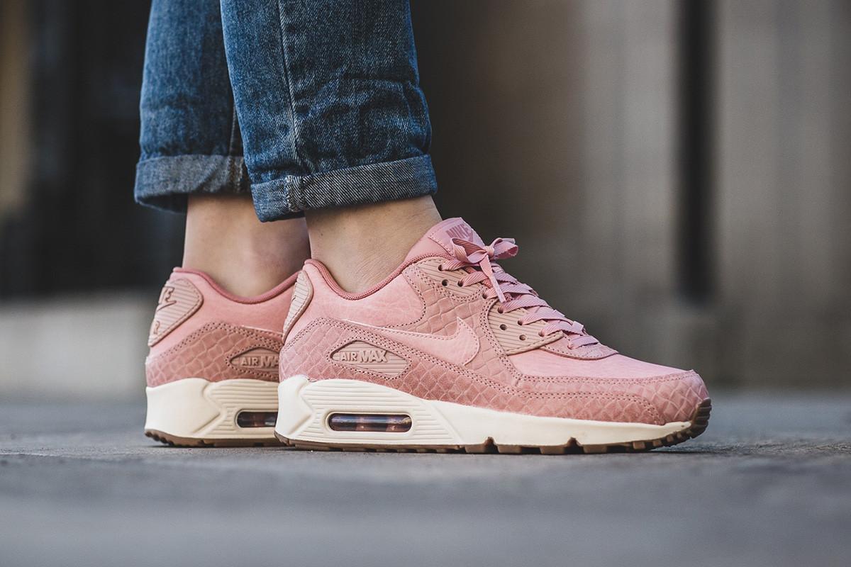 91469c53 женские кроссовки Nike Wmns Air Max 90 Premium Pink розовые цена 1